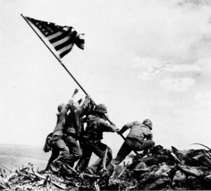 flag-raising-on-iwo-jima